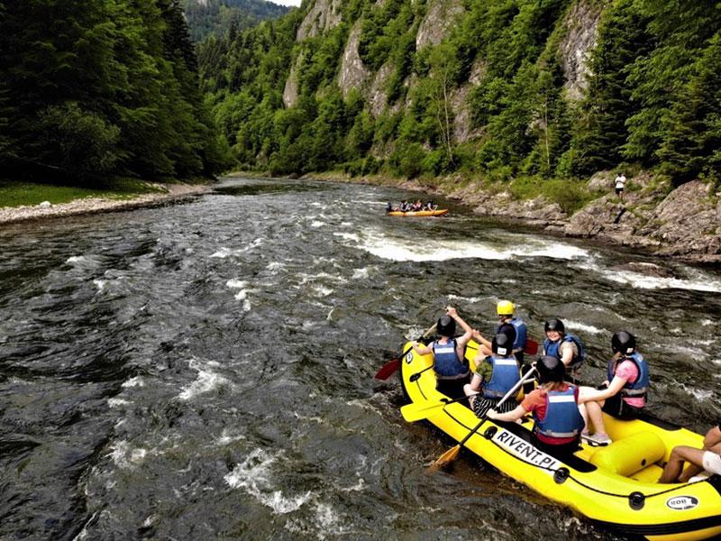 Rafting on the Dunajec
